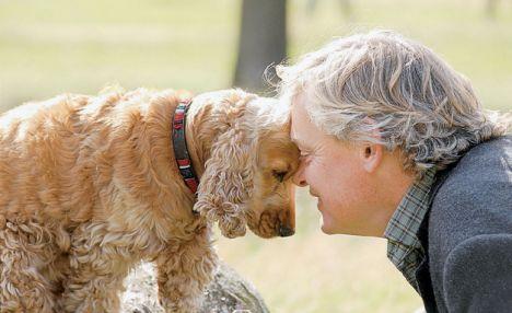 adam ve köpek