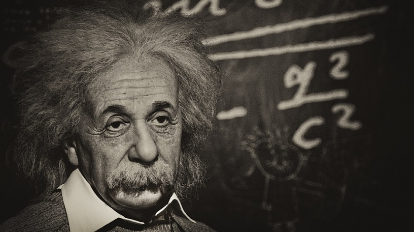 Anlamlı ve Güzel Albert Einstein Sözleri