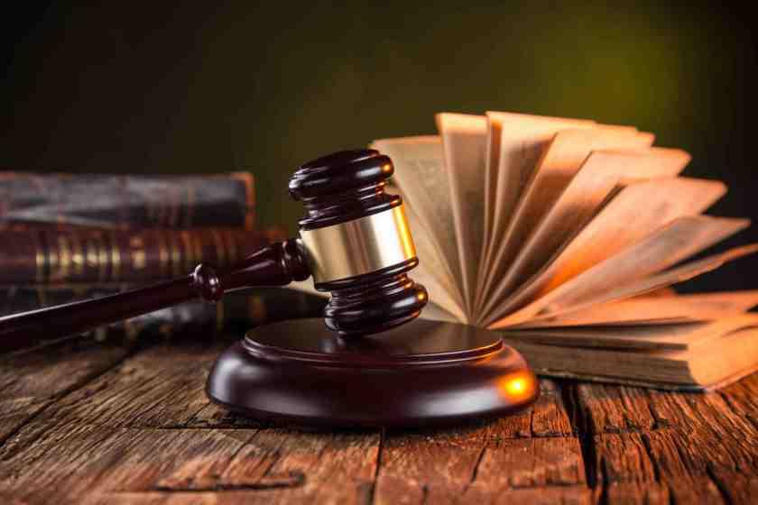 Kanun ve yasa ile ilgili anlamlı ve güzel sözler