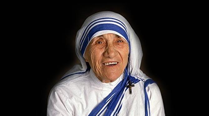 Anlamlı ve Güzel Rahibe Teresa Sözleri